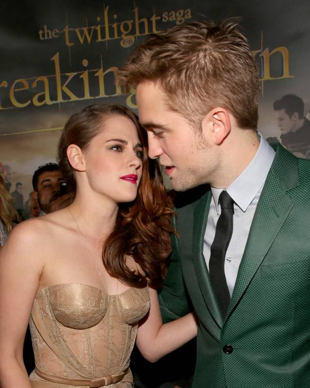 "Rob Pattinson Tells Kristen Stewart ""More and More That He Loves Her"""
