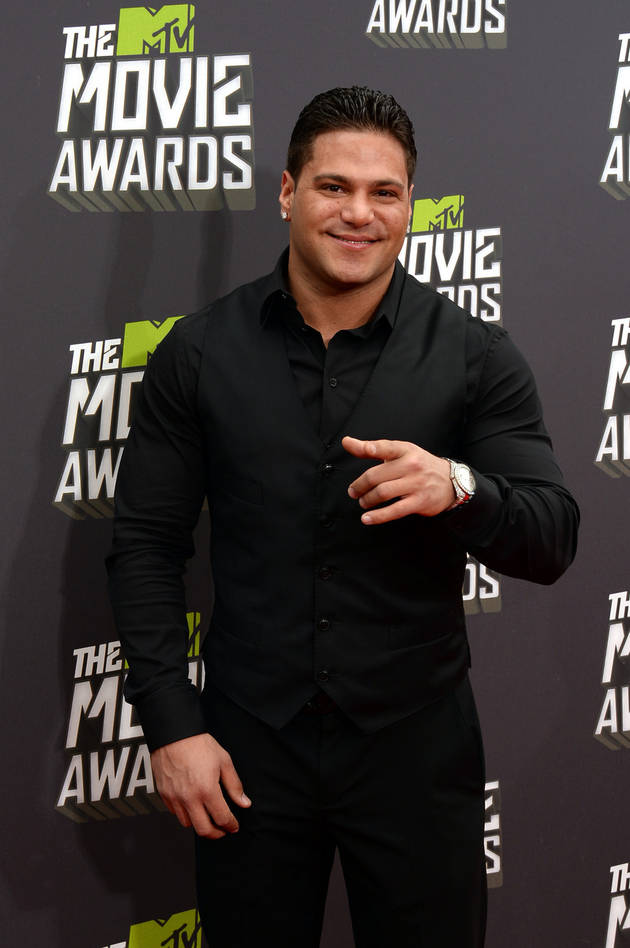 Jersey Shore's Ronnie Magro Heads Into Surgery!