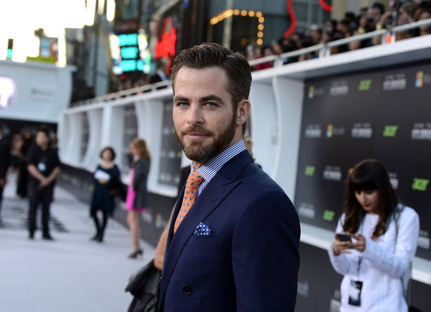 Chris Pine: I'm Looking For Brains Over Beauty in a Girlfriend