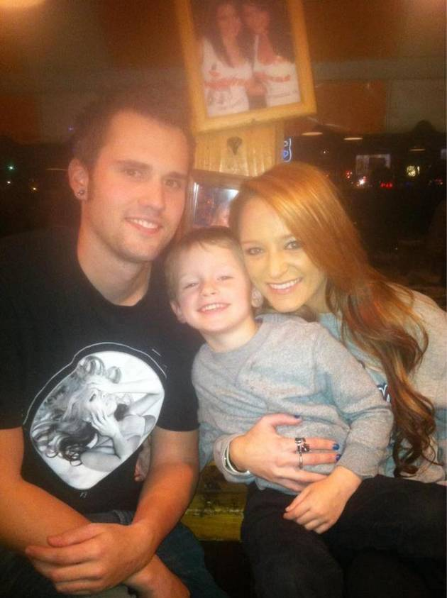 "Ryan Edwards Tells Maci Bookout ""I Love You!"""