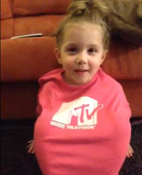 Chelsea Houska's Daughter Aubree Rocks an MTV Shirt in New Keek (VIDEO)