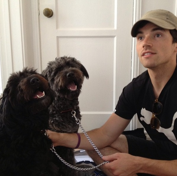 "Pretty Little Liars Star Ian Harding Plays With ""His Babies"" (VIDEO)"