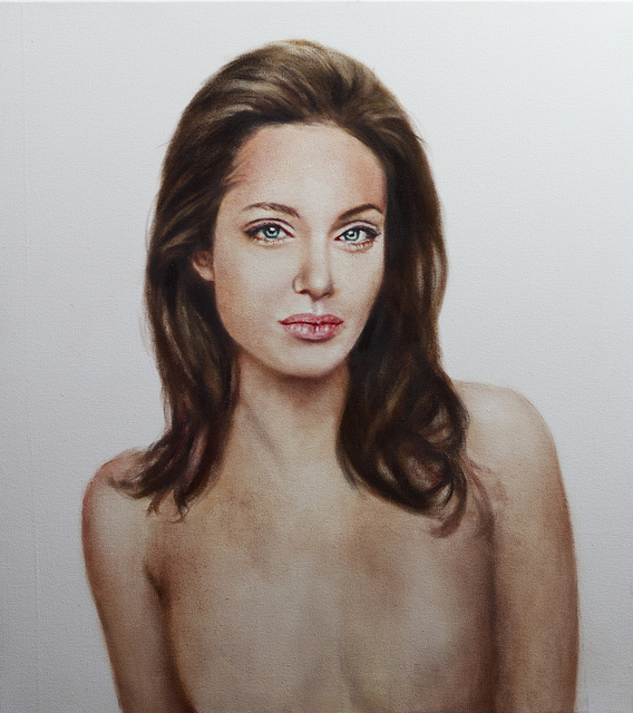 Angelina Jolie Topless, Post-Mastectomy Portrait to Be Auctioned (PHOTO)