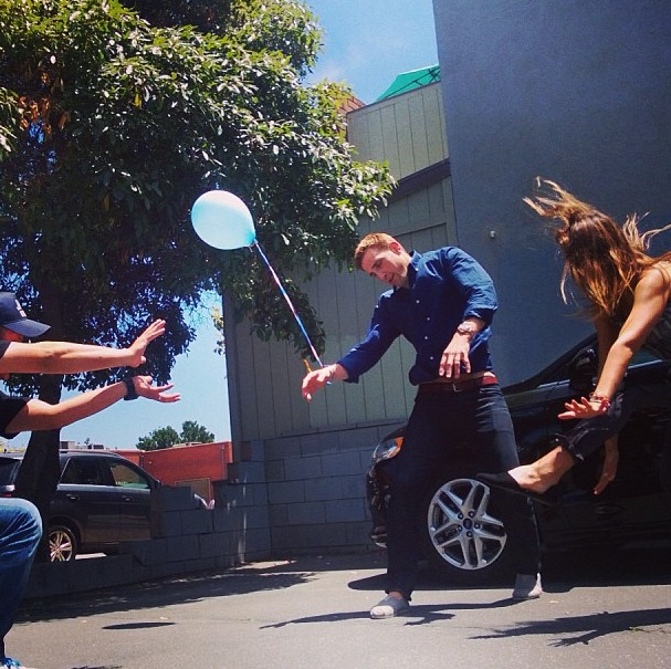 Jessica Alba Takes Up Street Fighting (PHOTOS)