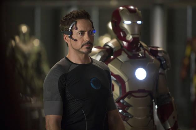 Iron Man 3 Patrons Call 911 When Actors Bring Fake Guns Into Theater