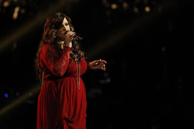 "Sarah Simmons Sings ""The Story"" on The Voice 2013 Live Shows, May 13 (VIDEO)"