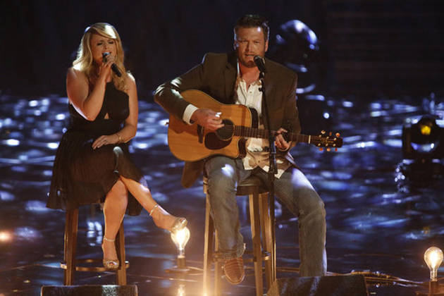 "Blake Shelton and Miranda Lambert Sing ""Over You"" on The Voice 2013 (VIDEO)"