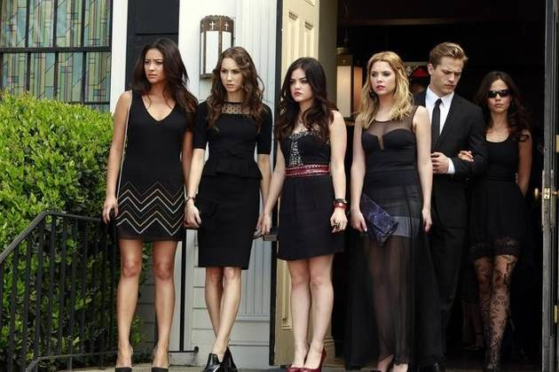 Pretty Little Liars Season 4 Spoilers: Who Is Jenna's Mystery Man, Nigel?