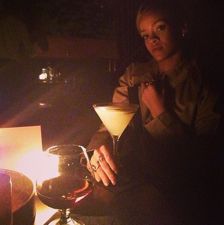 "Rihanna Disses Chris Brown: He's Not a ""King"" — Report"