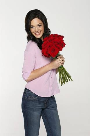 How Much is Bachelorette Desiree Hartsock Worth?