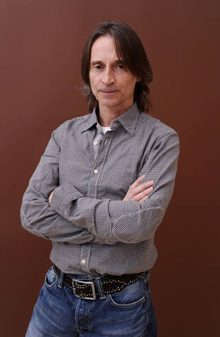 Once Upon a Time's Robert Carlyle to Reprise Trainspotting Role?