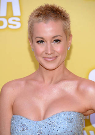 Kellie Pickler Returns to Dance Class — With Her Husband!