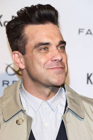 UK Star Robbie Williams Says He Would Take Drugs With Daughter