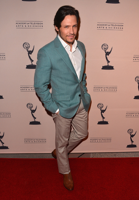 Revenge's Nick Wechsler Joins Twitter: Is Jack Porter the New Nolan Ross?