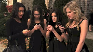 Pretty Little Liars Flashback: Alison's Funeral on Season 1, Episode 1 (VIDEO)