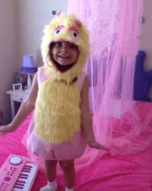 Farrah Abraham's Daughter Sophia Plays Hooky From School (VIDEO)