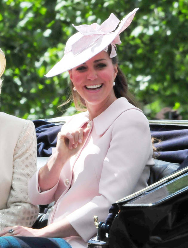 Pregnant Kate Middleton Shows Off Baby Bump at Last Official Royal Engagement (PHOTOS)