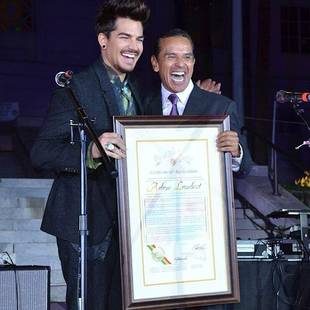 Adam Lambert Debuts New Beard While Accepting City of Hope Award