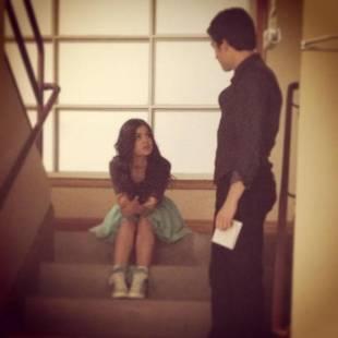 Pretty Little Liars Season 4 Premiere: Aria and Ezra's First Scene Is Awkward