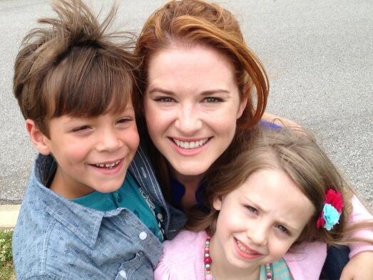 "Grey's Anatomy Star Sarah Drew and Her New ""Kids"" (PHOTO)"