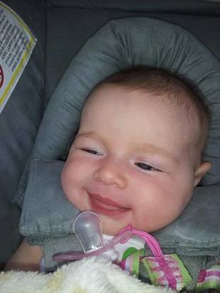 Jason and Molly Mesnick's Daughter Riley Reacts to Kim Kardashian Giving Birth (PHOTO)