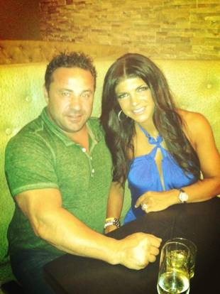 "Teresa Giudice and Her ""Honey"" Go on a Date Despite Cheating Rumors"