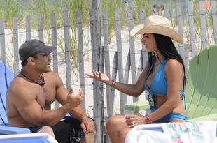 Teresa Giudice and Joe Gorga See Each Other For the First Time in Over a Year (VIDEO)