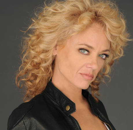 That '70s Show Actress Lisa Robin Kelly Arrested on Suspicion of DUI
