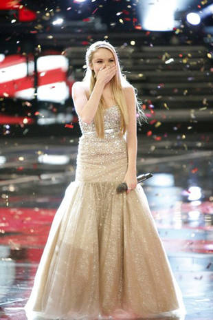 The Voice Alums, Celebrities Tweet Congratulations Danielle Bradbery on Season 4 Win