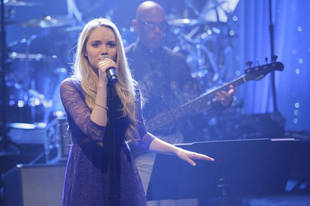The Voice Winner Danielle Bradbery: My Mom Forced Me to Try Out! (VIDEO)