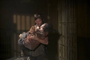 The Walking Dead Season 4: New Hints Suggest Romance For Daryl and Carol