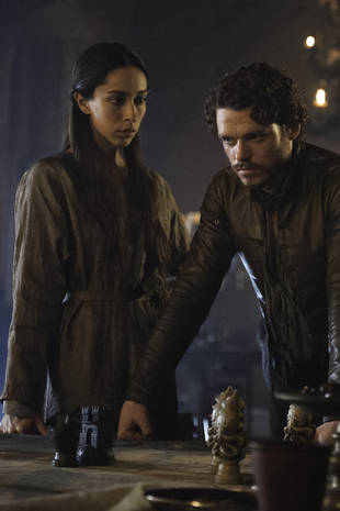 Pregnant Talisa Stark's Death on Game of Thrones: Did They Go Too Far? (POLL)