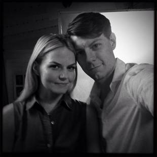 Jennifer Morrison Cozies Up to Co-Star Patrick Fugit on Set of The List! (PHOTO)