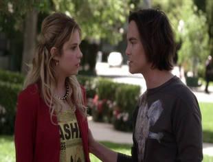 Pretty Little Liars Season 4, Episode 4 Sneak Peek: Hanna in Over Her Head? (VIDEO)