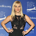 Reese Witherspoon Sues Jewelry Company Over Ring Photo