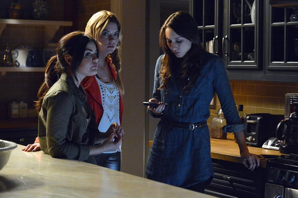 "Pretty Little Liars Music: Songs From Season 4, Episode 1: ""A is for A-l-i-v-e"""