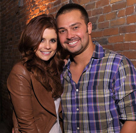 Joanna Garcia and Nick Swisher Introduce Baby Daughter — See Pic!