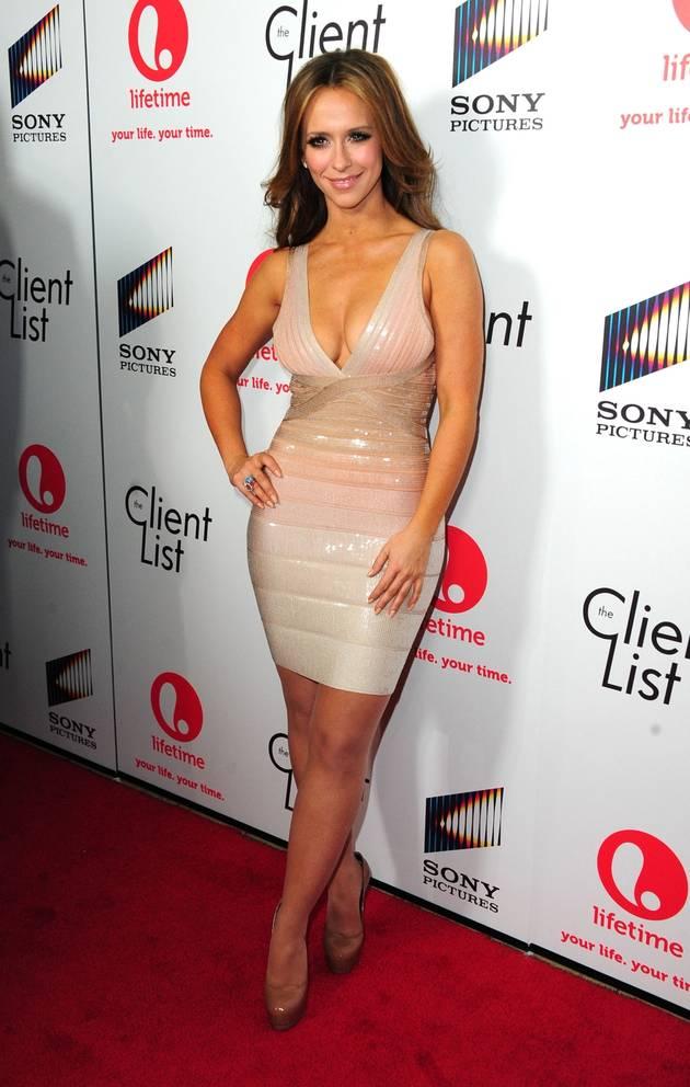 Jennifer Love Hewitt Expecting Her First Child with Co-Star Boyfriend!