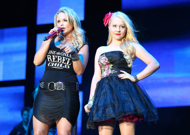 The Voice Alum RaeLynn to Join Miranda Lambert and Dierks Bentley on Tour