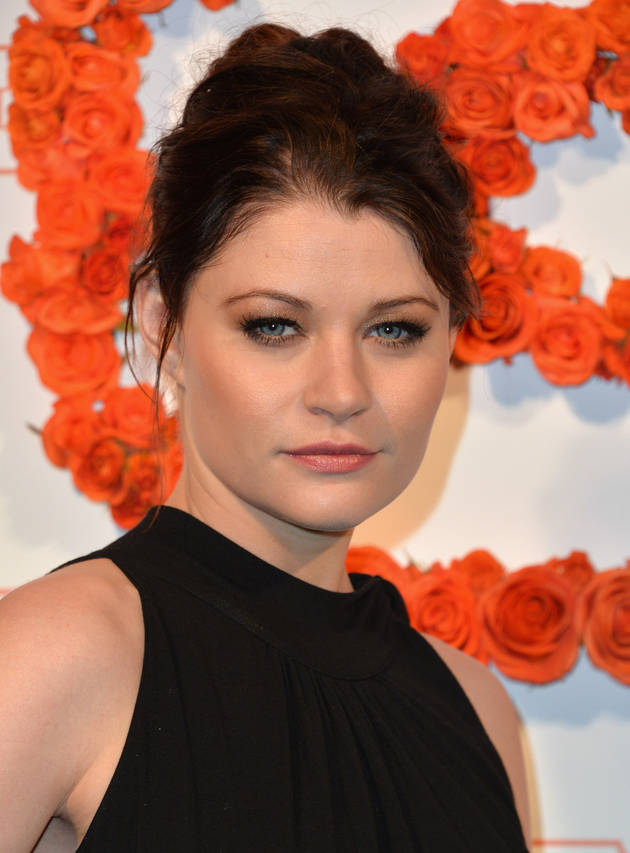 Once Upon a Time's Emilie de Ravin Cozied Up to Which Dexter Star? (PHOTO)