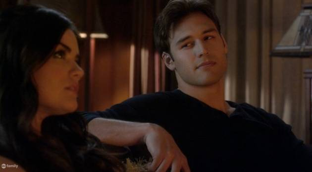 Pretty Little Liars Season 4: Do You Like Jake, Aria's New Love Interest?