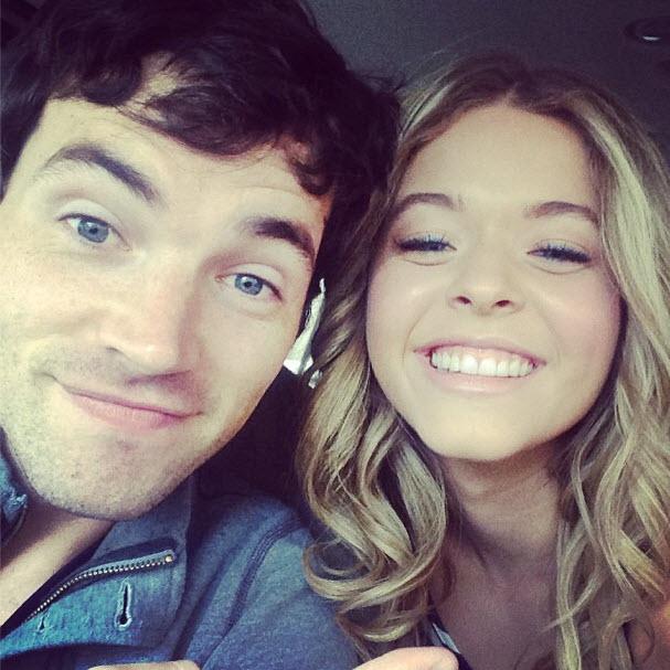 Pretty Little Liars Season 4 Spoiler Photo: Ali and Ezra… Together?!