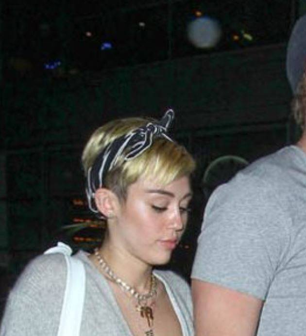 Miley Cyrus and Liam Hemsworth Photographed on Movie Date