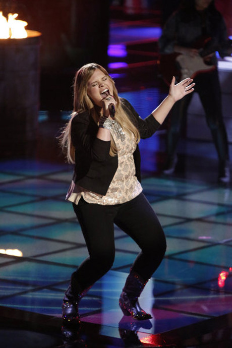"Holly Tucker Sings ""When God Fearin' Women Get the Blues"" on The Voice 2013 Live Shows, June 3 (VIDEO)"