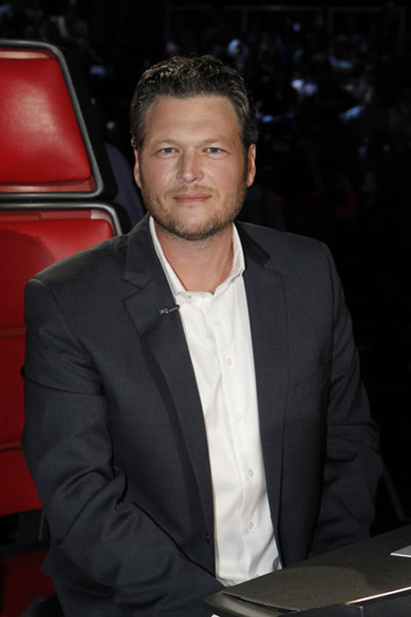 Blake Shelton Goes on a Romantic Date! What Will Miranda Lambert Say?