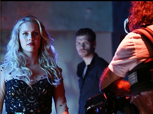 The Originals: Klaus Contemplates Rebekah in Behind-the-Scenes Pic!