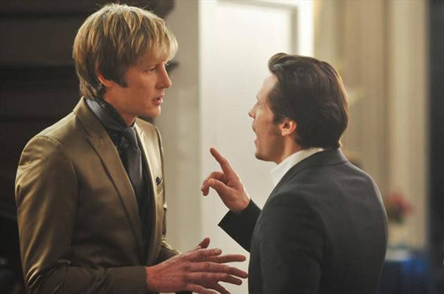 "Revenge's Gabriel Mann Teases Season 3's ""Emotional and Sexual Manipulation"" (VIDEO)"