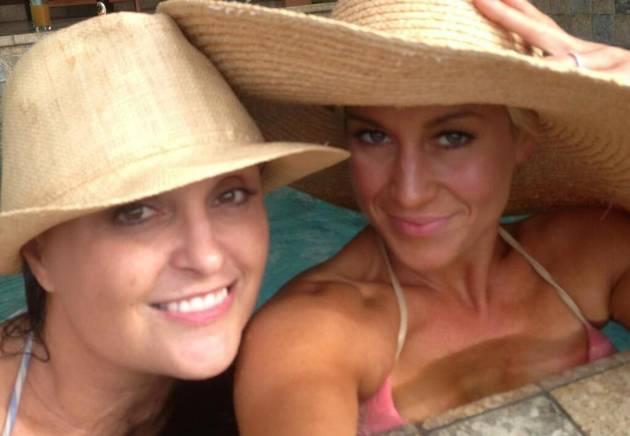 Kellie Pickler Shows Off Tan Bikini Bod in Costa Rica! (PHOTO)
