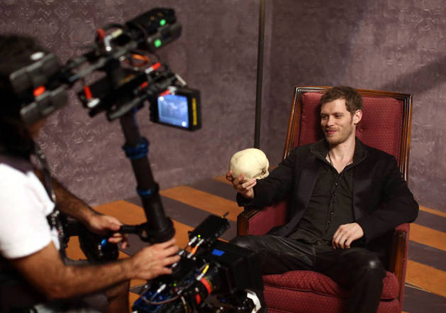 Joseph Morgan in The Originals: First On-Set Klaus Photo Revealed!
