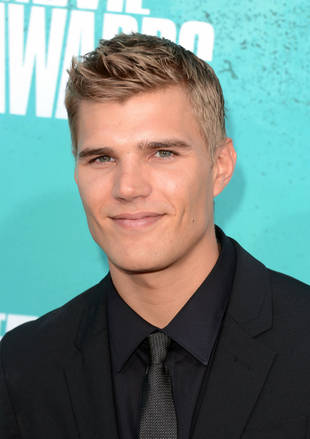 Twisted Spoilers: Maddie Hasson on Chris Zylka and What Pushes Jo Into Tyler's Arms — Exclusive!
